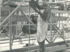 Angelo Barcella al lavoro in un cantiere.