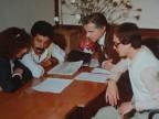 Franco Nappo in riunione con i colleghi.