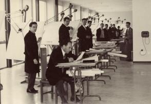 Allievi del corso aziendale di disegno industriale.