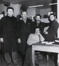 Giuseppe Lardo con i colleghi del laboratorio centrale.
