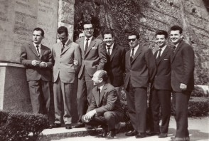 Giuseppe Torri in gita con i colleghi alla basilica di Superga.