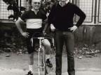 Gisberto Ianni con un collega a una gara ciclistica.