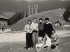 Giuseppe Merli con i colleghi in villeggiatura.