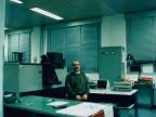 Roberto Caccia nel laboratorio analisi chimiche.