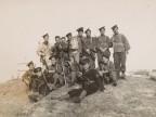Carlo Rosti in una foto di gruppo dell'equipaggio del Regio Incrociatore Gorizia.