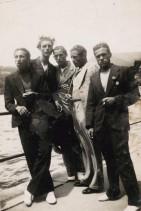 Giovanni Ratti con i colleghi a un raduno dopolavoristico.
