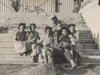 Le ragazze e i ragazzi della colonia marina F. Ratti di Desio.