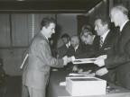 Giovanni Bonanni e i colleghi durante un evento aziendale.