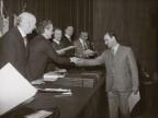 Emilio Renato Cattaneo premiato per l'anzianità di servizio.