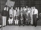 Pasquale Farella con alcuni colleghi in occasione del premio fedeltà aziendale.