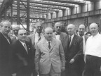 Il marchese Piero Ridolfi in visita allo stabilimento. 1955