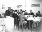 La squadra del Calcio Piombino a pranzo. 1950