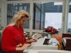 Impiegata negli uffici di TAD, centro di distribuzione tubi.